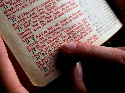 Reading the Bible_web